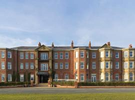 Clifton Arms Hotel, hotel in Lytham St Annes