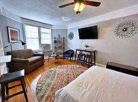 Greensboro Studio - Historic Fisher Park, vacation rental in Greensboro