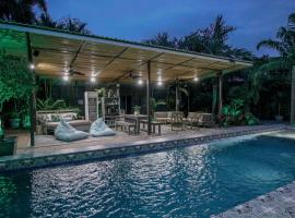 Tamarindo Bay Boutique Hotel - Adults Only, hotel in Tamarindo