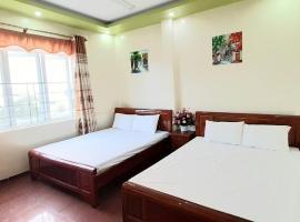 Sunshine hostel Cat Ba, Hotel in Cát Bà