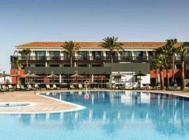 Loft a pie de playa con piscina, hotel en Conil de la Frontera