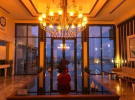 Blue Pier Hotel, hotel in Kocaeli