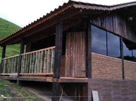 Pousada Rancho da Montanha, hotel in Visconde De Maua
