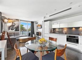 1 Bedroom Private Residence at Boulan South Beach -401, apartment in Miami Beach