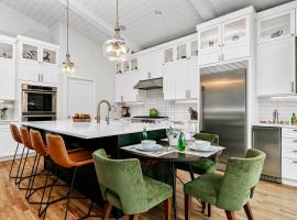 Spacious Custom Built Home in Boises North End, vacation rental in Boise