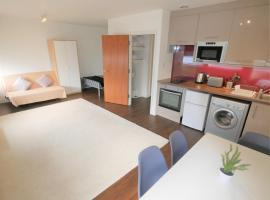 Turay Holiday Apartments, apartment in Bournemouth
