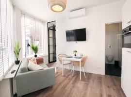 SandZ Apartments, budget hotel in Scheveningen