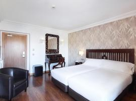 Sercotel Hotel President, hotel with jacuzzis in Figueres