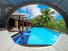 Abogo Resort Villa Green Island Da Nang, hotel in Da Nang