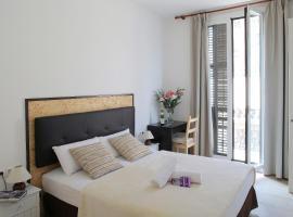 Hostal Balkonis, alloggio in famiglia a Barcellona