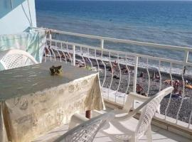 Эллинг у моря Голубая Лагуна, отель в Лоо