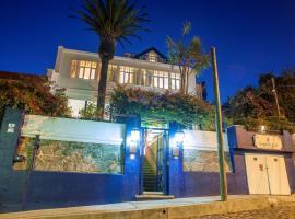 Hotel Casa SOMERSCALES, hotel en Valparaíso