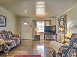 Quaint Dtwn El Paso Home with Attached Studio!, vacation rental in El Paso