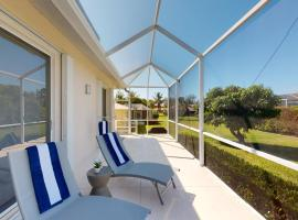 Tigertail Beach Oasis Just Few Steps and Minutes Away, holiday home in Marco Island