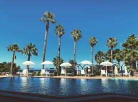 Palm Beach Club Hotel, hotel a Casteldaccia