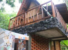 Villa Kampung Ayem, pet-friendly hotel in Yogyakarta