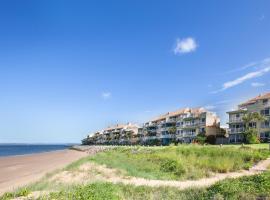 BreakFree Great Sandy Straits, hotel near The Boat Club Marina, Hervey Bay