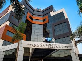 Grand Sapphire City Hotel, מלון בפמגוסטה