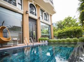 Brilliant Majestic Hotel, khách sạn ở Đà Nẵng