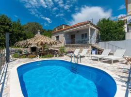 Svagusa holiday house, holiday home in Mlini