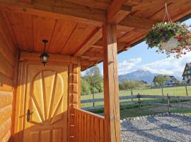 Podhalańska Chatka – hotel w pobliżu miejsca Wyciąg narciarski Pardałówka w Zakopanem