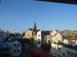 85m² hyper-centre place Dalton, hotel in Boulogne-sur-Mer