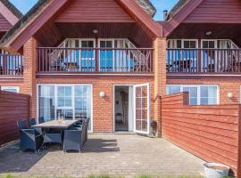 Three-Bedroom Holiday home in Rømø 5, villa in Bolilmark