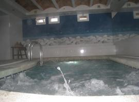 Hotel Hermes, hotel near Tossa de Mar Castle, Tossa de Mar