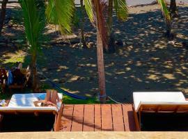 Hotel Beachfront Vista Hermosa, hotel in Jacó