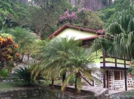 Linda Chácara na Serra de Petrópolis, pet-friendly hotel in Petrópolis