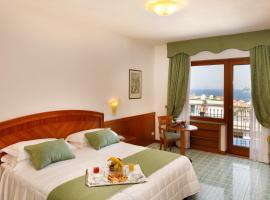 Grand Hotel Cesare Augusto, hótel í Sorrento