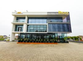 N Hotel BY NOSHI, hotel near Tirana International Airport Mother Teresa - TIA,