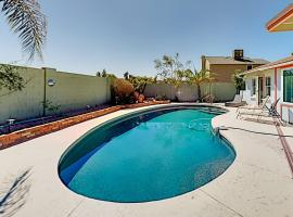 Unique Oasis - Private Pool, Outdoor Kitchen, Gym home, villa in Scottsdale
