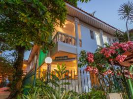 Pousada Casablanca, family hotel in Abraão