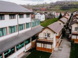 Travel Holiday Villas, hotel in Bran