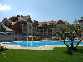 Gran Hotel Balneario De Puente Viesgo, hotel en Puente Viesgo
