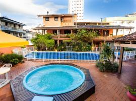Pousada Costa Do Sol, hotel in Itapema