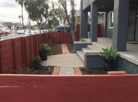 2bed 1bath close to downtown LB, LA and OC., apartment in Long Beach