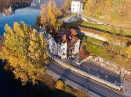 Adora Luxury Hotel (ex Vila Istra), hotel na Bledu