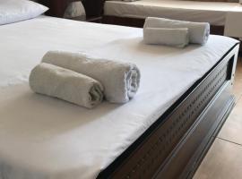 Meridian Hotel, отель в Лоо