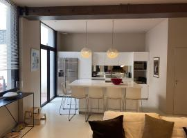A Part & A Vous, pet-friendly hotel in Montpellier