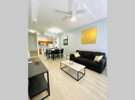 LUXURIOUS AND REMODELED HOUSE, everything new!, hotel in Kissimmee