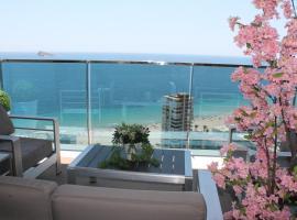 Sunset Drive Sea Views Apartment, hotel con jacuzzi en Benidorm