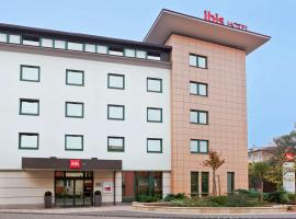 Ibis Győr, Hotel in Győr