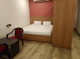 New Nirmalya Plaza, hotel in Brahmapur