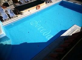 Soreda Hotel, hotel in St Paul's Bay