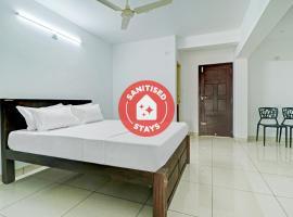 Vaccinated Staff- SPOT ON 80018 Vardhaman Dhanashala Residency, hotel in Mangalore
