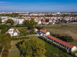 QSF Agro Turismo Quinta da Sagrada Família, alojamento para férias em Évora
