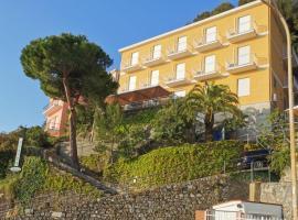 Hotel Pineta, hotel in Laigueglia