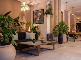 Dellarosa Boutique Hotel, hotel in Gueliz, Marrakesh